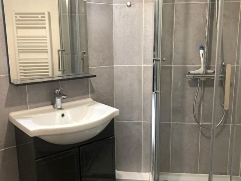 Location appartement Saint germain en laye 850€ CC - Photo 2