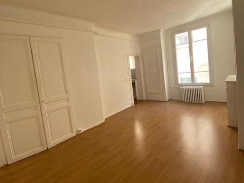 Location local commercial Saint germain en laye 1 165€ CC - Photo 3
