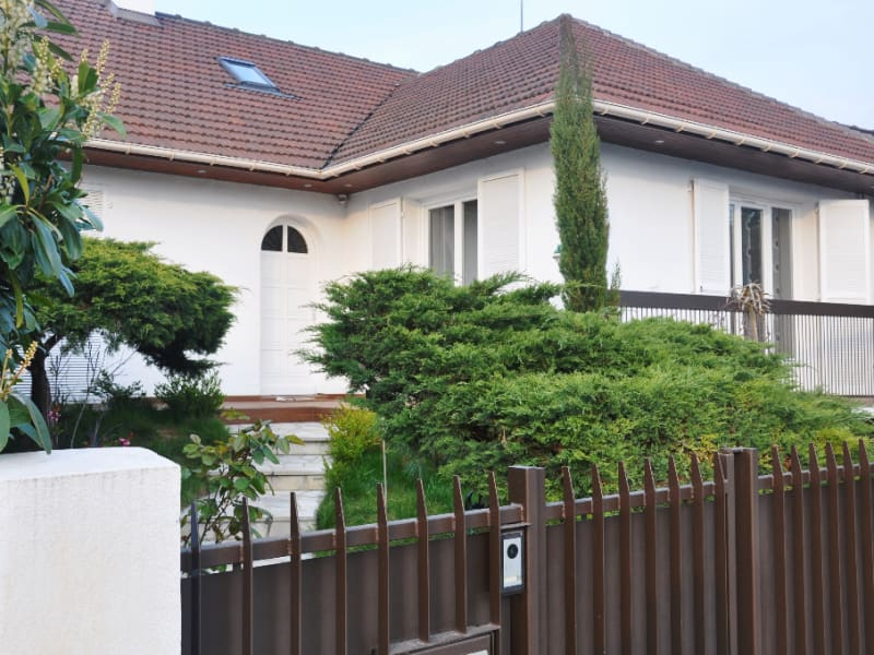 Sale house / villa Livry gargan 500 000€ - Picture 1