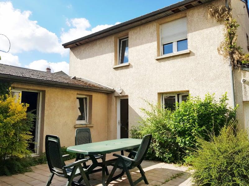 Sale house / villa Livry gargan 400000€ - Picture 2