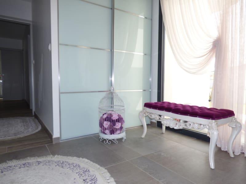 Sale house / villa Mours saint eusebe 340000€ - Picture 6
