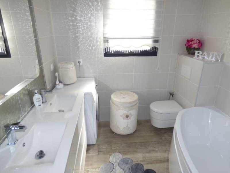 Sale house / villa Mours saint eusebe 340000€ - Picture 7