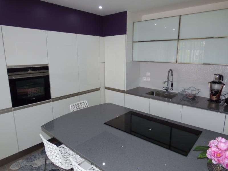 Sale house / villa Mours saint eusebe 340000€ - Picture 9