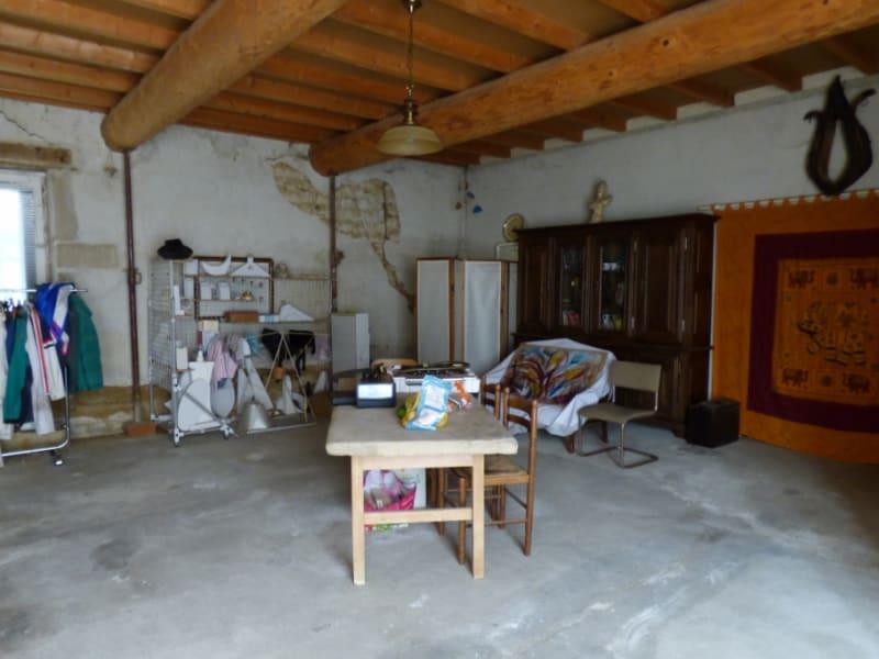 Sale house / villa Saint bardoux 299000€ - Picture 6