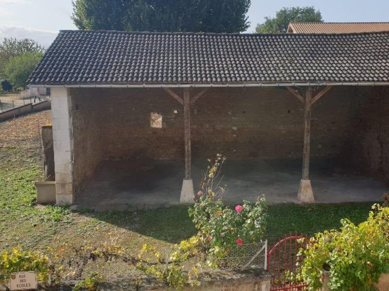 Sale house / villa Nouaille maupertuis 160500€ - Picture 1