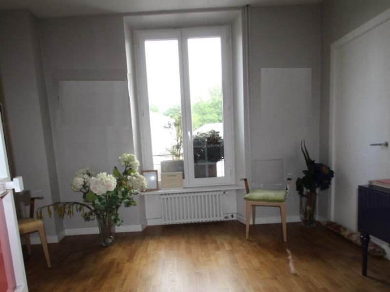 Sale apartment Chambery 400 000€ - Picture 1