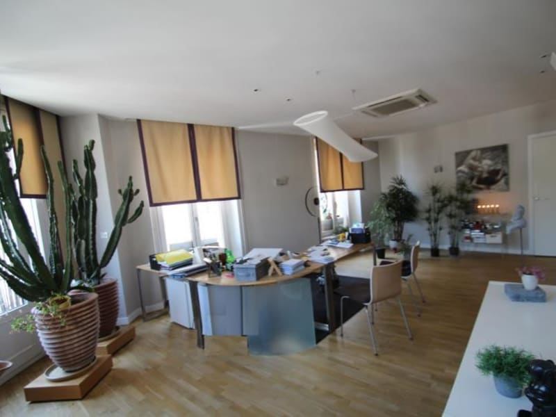 Sale apartment Chambery 400 000€ - Picture 3