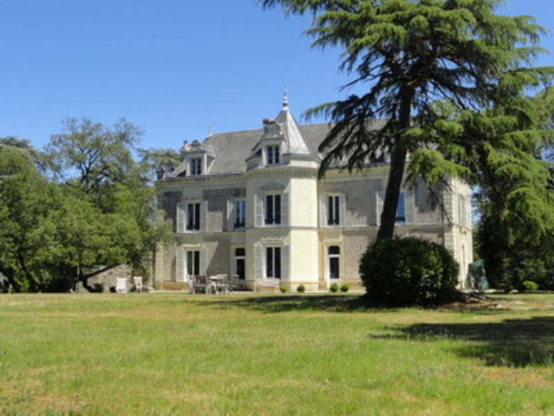 Deluxe sale chateau Angers 1050000€ - Picture 1