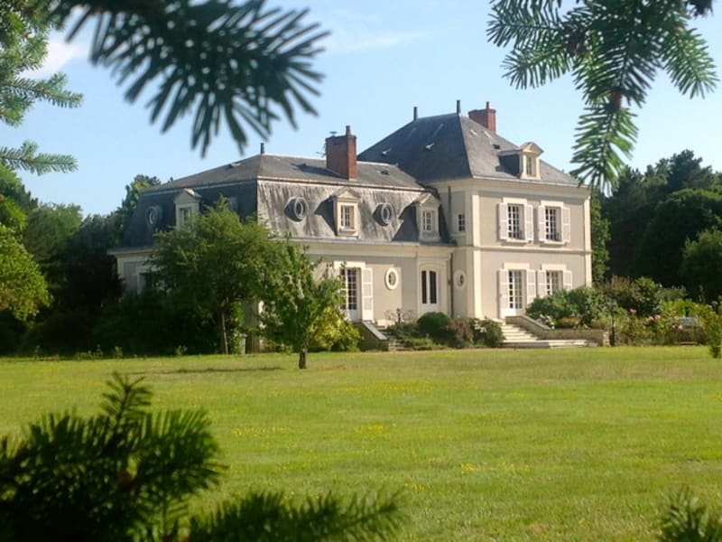 Deluxe sale house / villa Angers 890 000€ - Picture 1