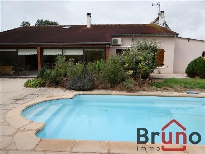 Deluxe sale house / villa Rue 995000€ - Picture 1