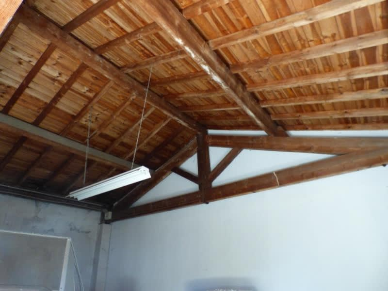Sale empty room/storage Aussillon 336000€ - Picture 5