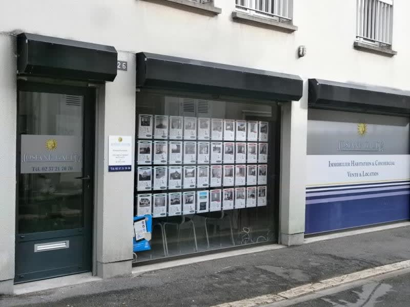 Rental empty room/storage Chartres 500€ HC - Picture 1