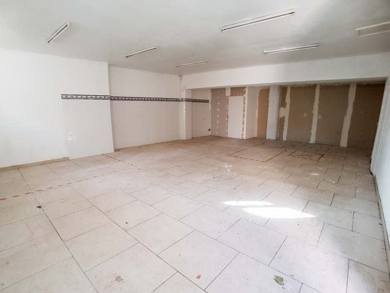 Rental empty room/storage St maximin la ste baume 666,67€ HC - Picture 1