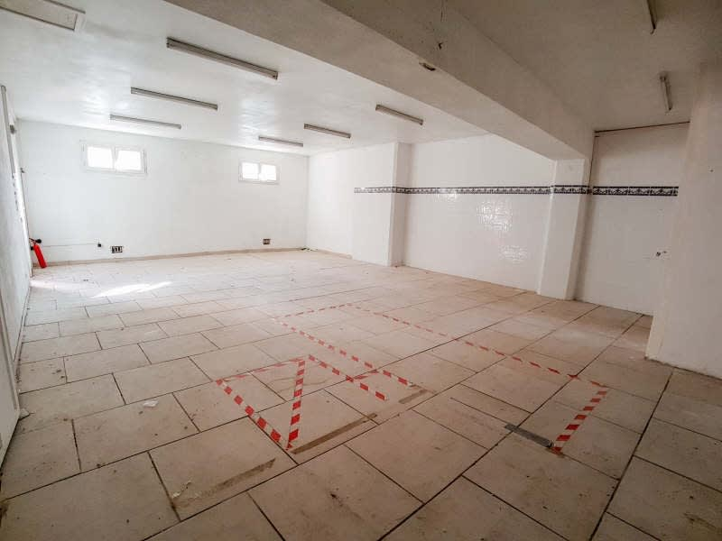 Rental empty room/storage St maximin la ste baume 666,67€ HC - Picture 2