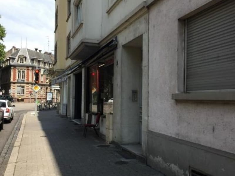 Location local commercial Strasbourg 2 500€ HC - Photo 1