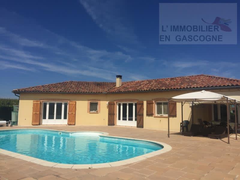 Sale house / villa Castelnau magnoac 300000€ - Picture 1
