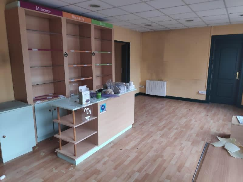 Rental empty room/storage Le pecq 1158,33€ HC - Picture 2