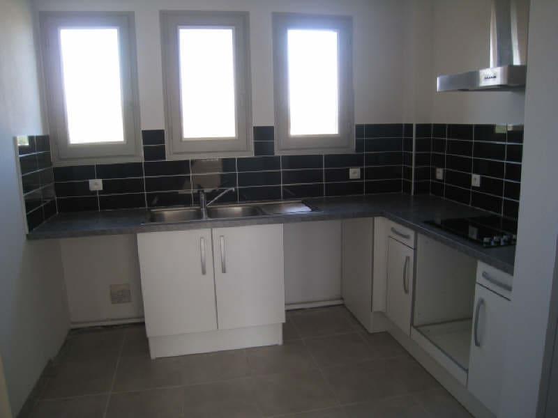 Rental apartment Carcassonne 583,40€ CC - Picture 1