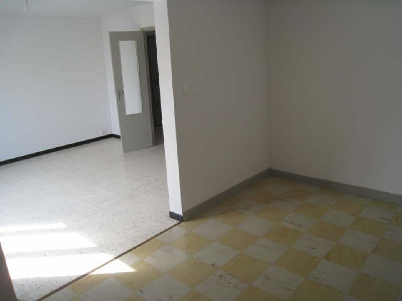 Rental apartment Carcassonne 583,40€ CC - Picture 6