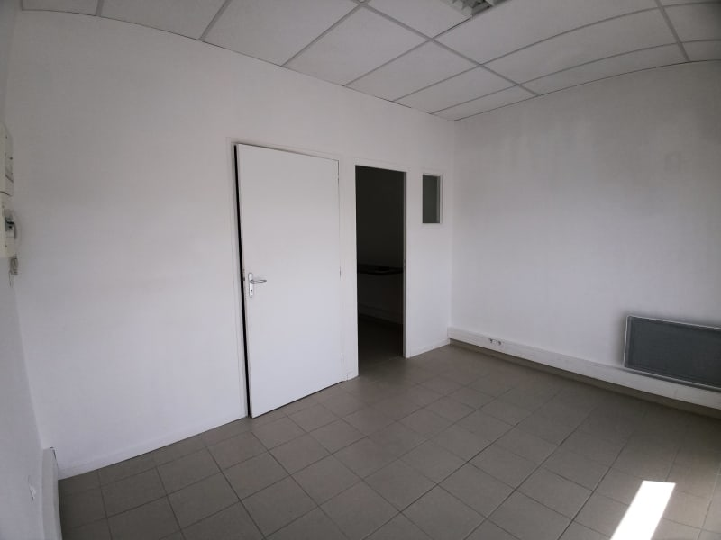 Location local commercial Champlan 510€ CC - Photo 7