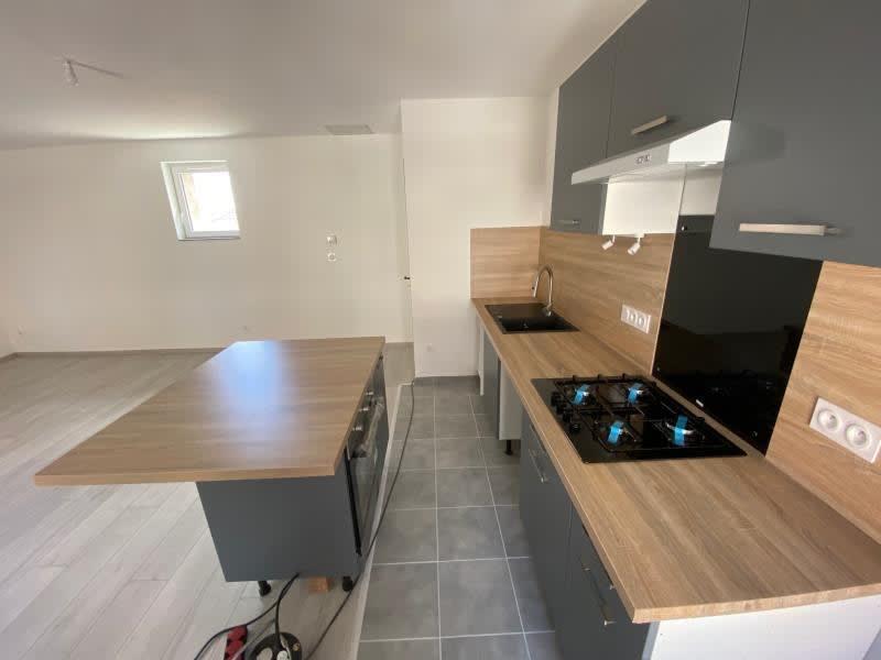 Rental apartment Renaison 500€ CC - Picture 2