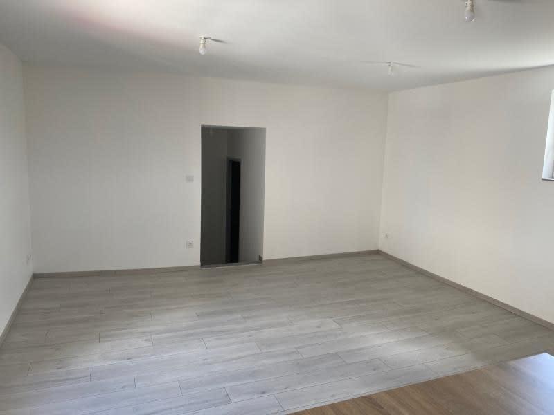 Rental apartment Renaison 500€ CC - Picture 4