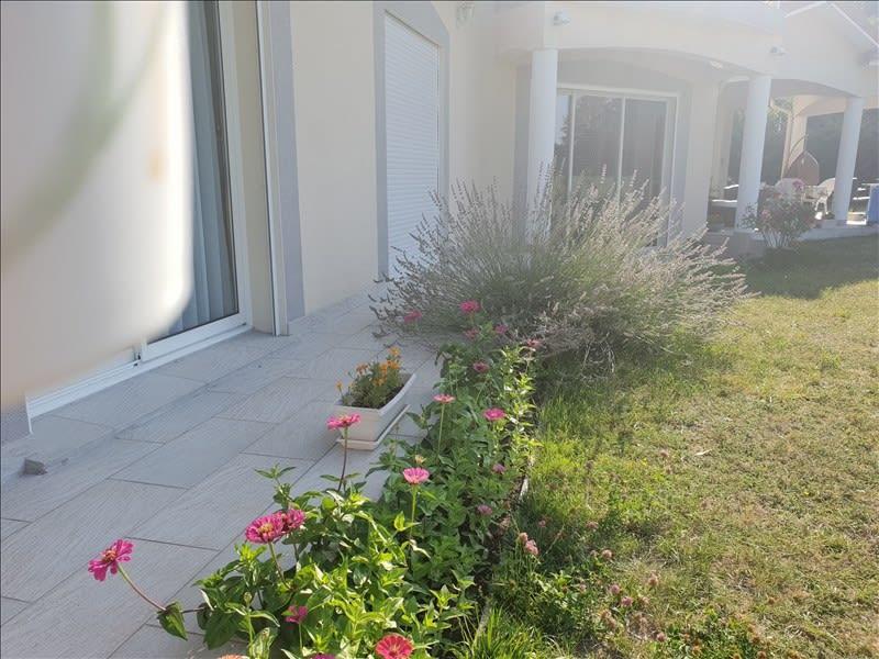 Sale house / villa Riorges 399000€ - Picture 5