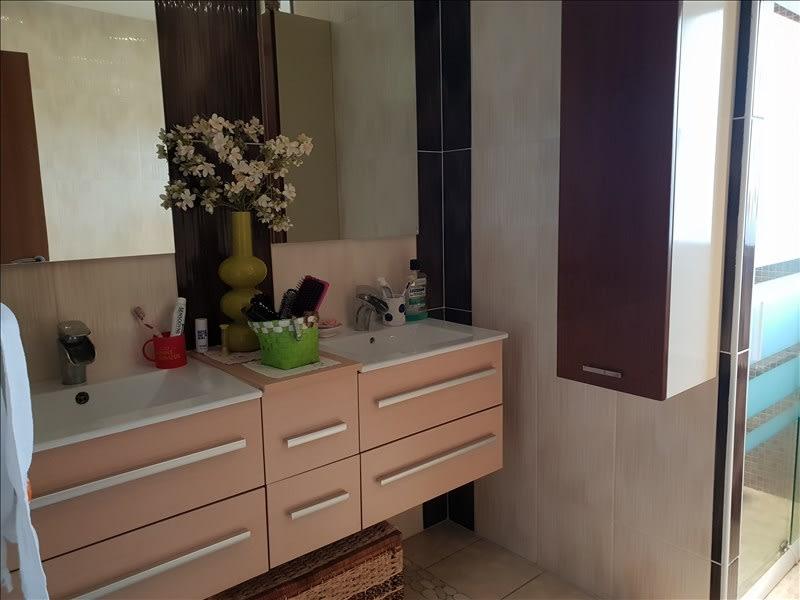 Sale house / villa Riorges 399000€ - Picture 6