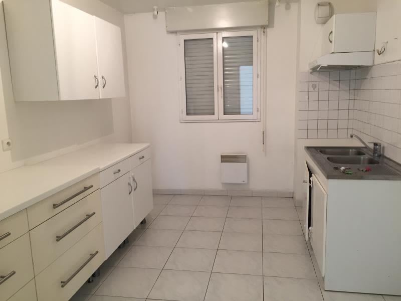 Location appartement Aix en provence 1450€ CC - Photo 2