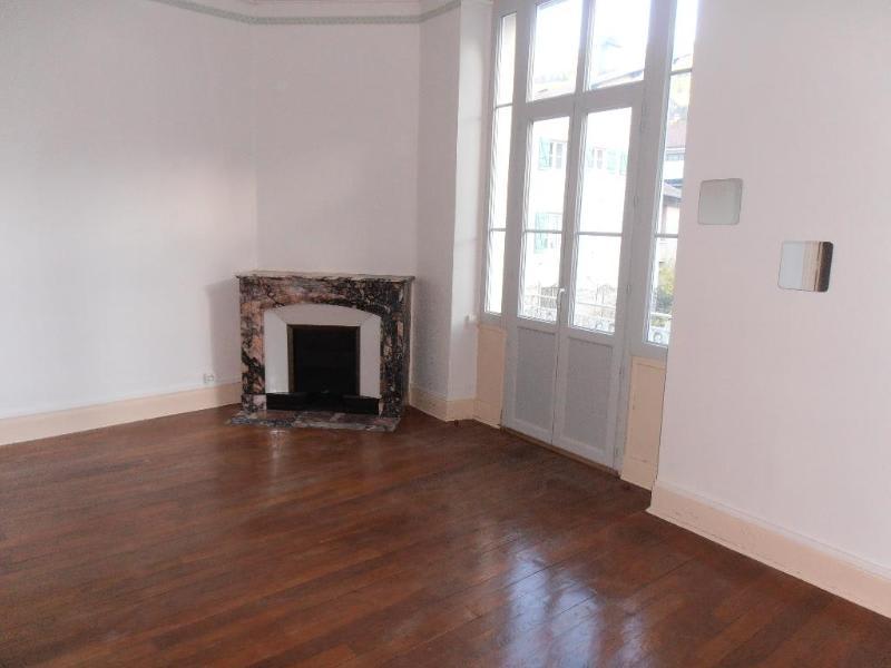 Rental apartment Nantua 436€ CC - Picture 1