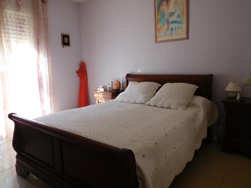 Vente maison / villa St andre de cubzac 397000€ - Photo 4
