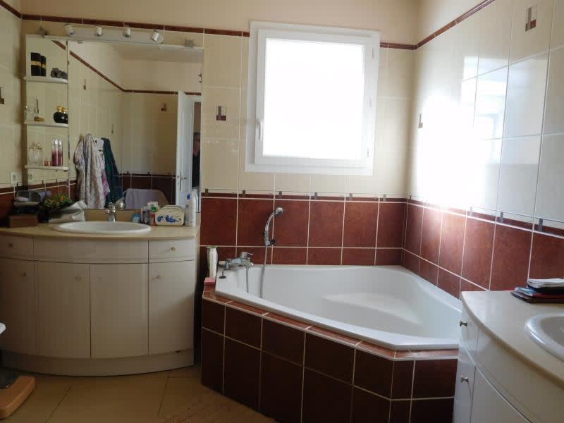 Vente maison / villa St andre de cubzac 397000€ - Photo 8