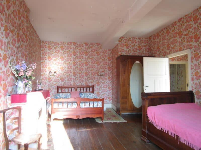 Sale house / villa Cavignac 220000€ - Picture 4