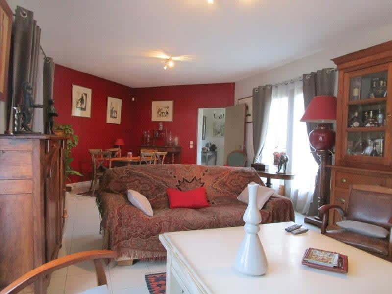 Sale house / villa Montendre 293000€ - Picture 3