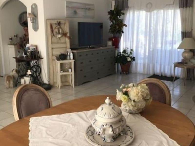 Vente maison / villa St andre de cubzac 301000€ - Photo 9