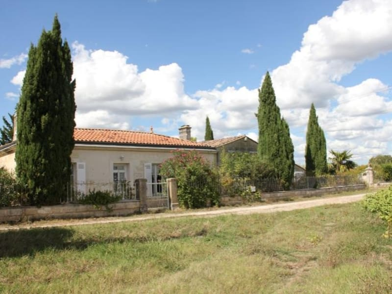 Sale house / villa Ambes 368 500€ - Picture 1