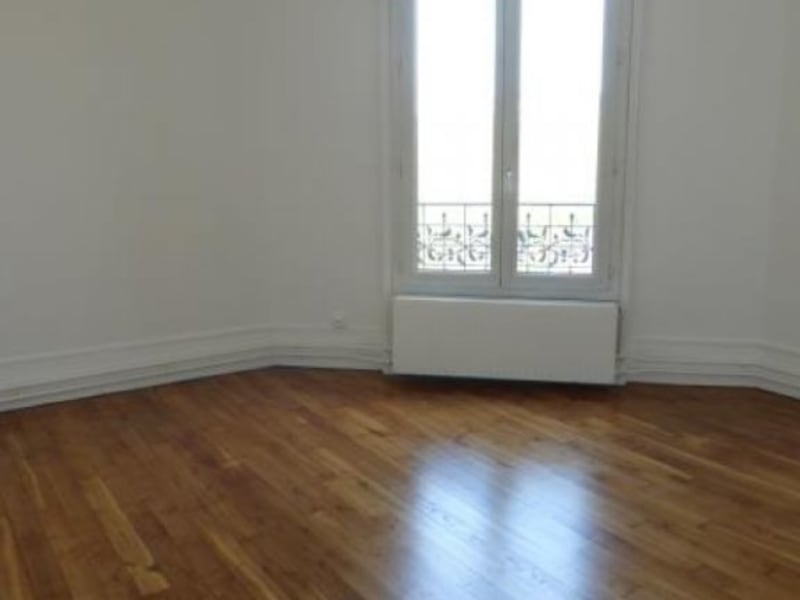 Rental apartment Villemomble 1 030€ CC - Picture 2