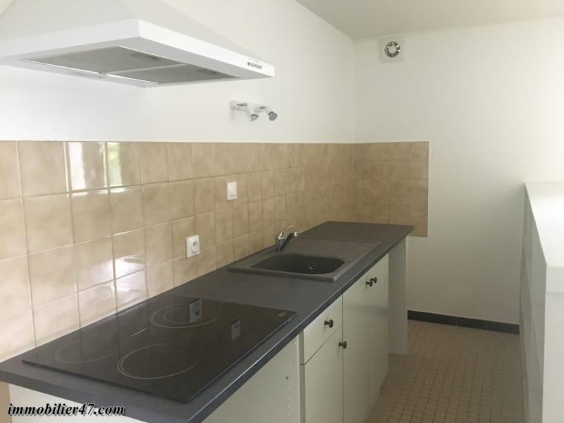 Verhuren  appartement Castelmoron sur lot 425€ CC - Foto 4