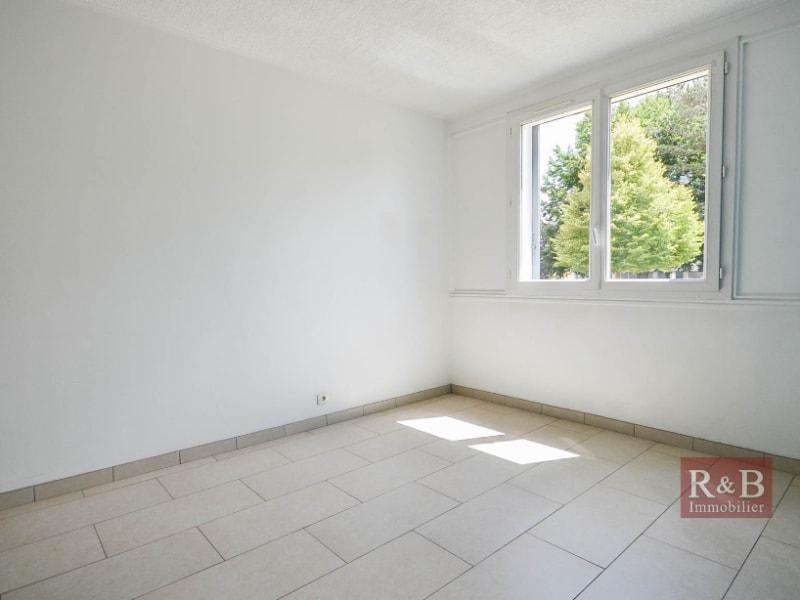 Sale apartment Les clayes sous bois 180000€ - Picture 3