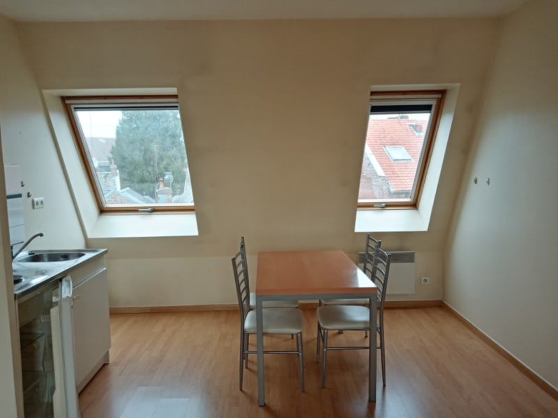 Rental apartment Saint quentin 398€ CC - Picture 4