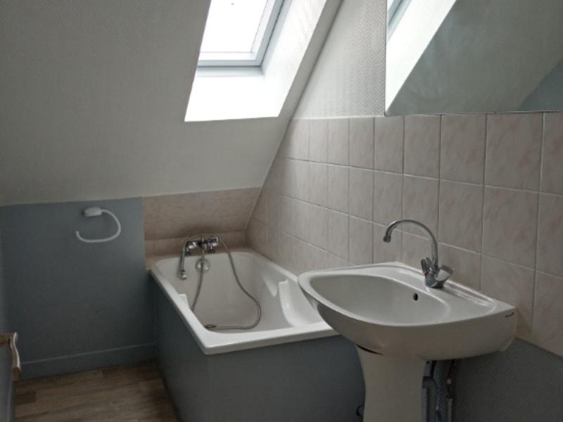 Rental apartment Saint quentin 390€ CC - Picture 6