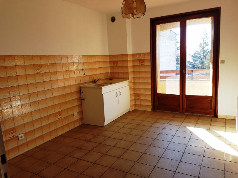 Rental apartment Le peage de roussillon 665€ CC - Picture 3