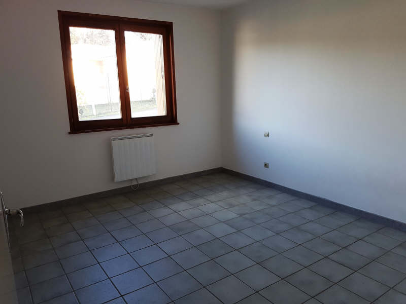 Rental apartment Le peage de roussillon 665€ CC - Picture 4