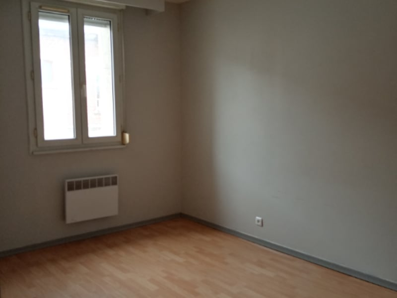 Rental apartment Saint quentin 625€ CC - Picture 5