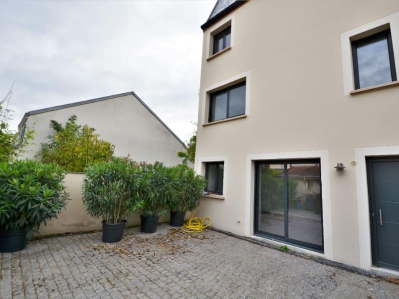 Revenda casa Houilles 569000€ - Fotografia 1