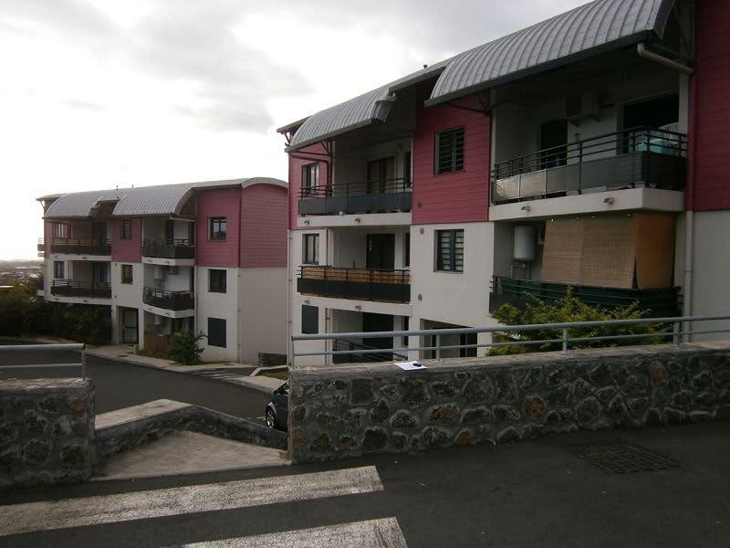 Location appartement La possession 560€ CC - Photo 2