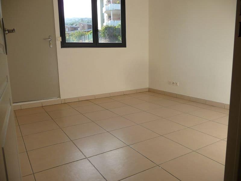 Location appartement La possession 560€ CC - Photo 5