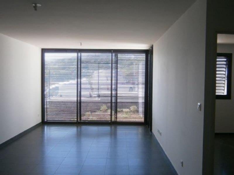 Location appartement St denis 567€ CC - Photo 2