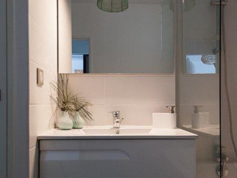 Location appartement St paul 815€ CC - Photo 2