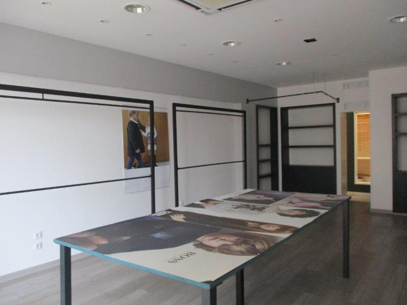 Location local commercial Ales 732€ HC - Photo 3